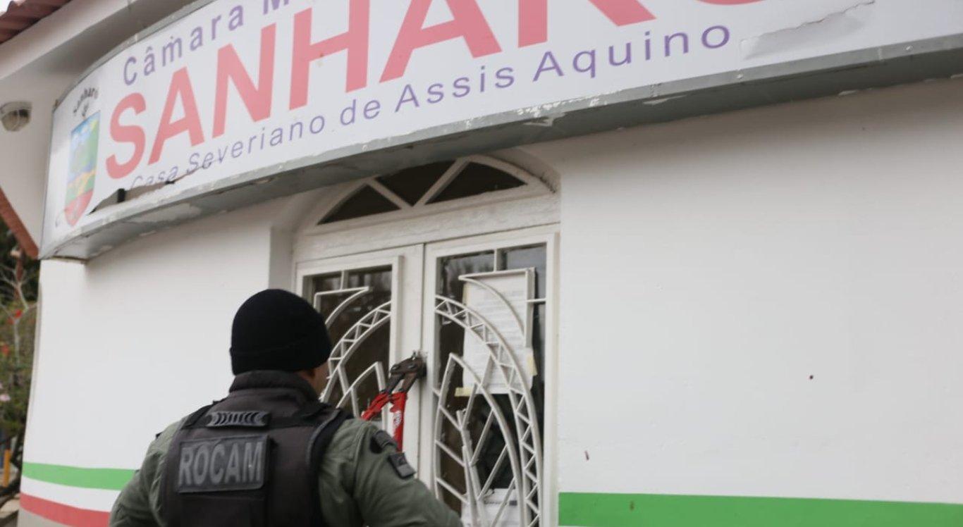 Câmara de Vereadores de Sanharó é alvo de operação