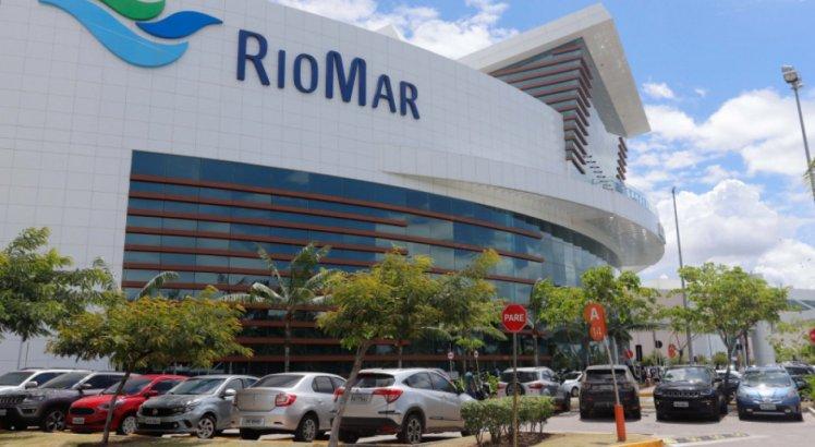 As ''compras'' são realizadas através do site Rio Mar Online
