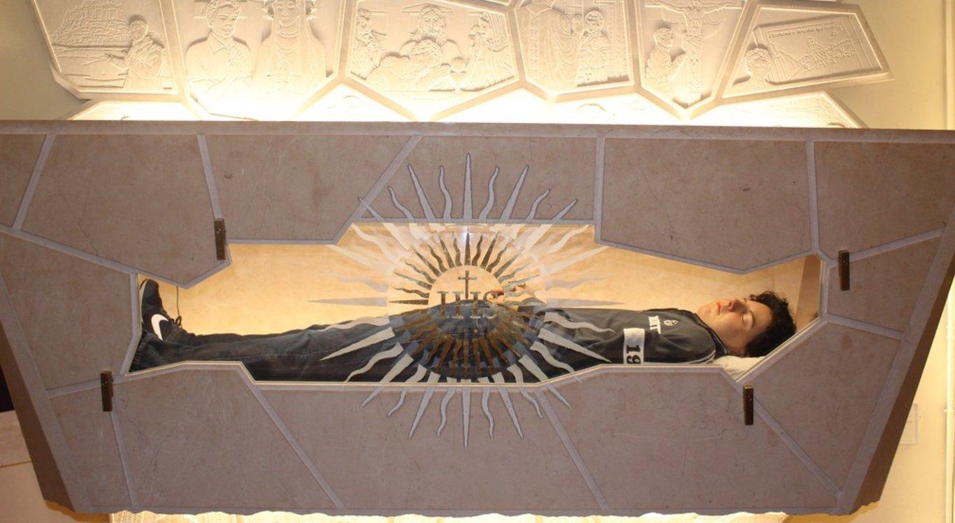Corpo de jovem está em um santuário na Itália