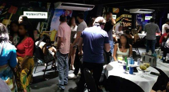 Restaurantes no Recife são notificados pelo Procon por descumprirem protocolo contra a covid-19