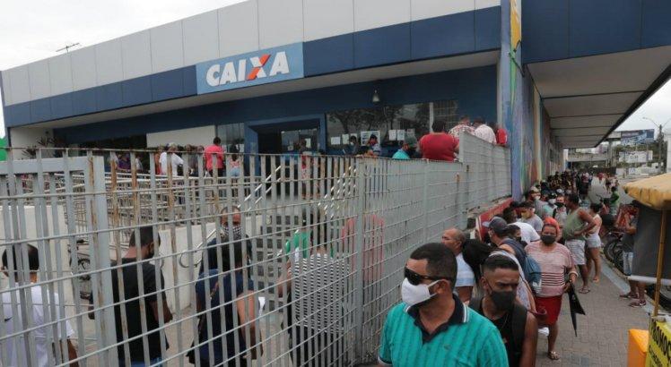 Bolsonaro confirma média de valores do auxílio emergencial 2021 e diz que benefício pode chegar a mais de R$ 300; veja quanto você poderá receber