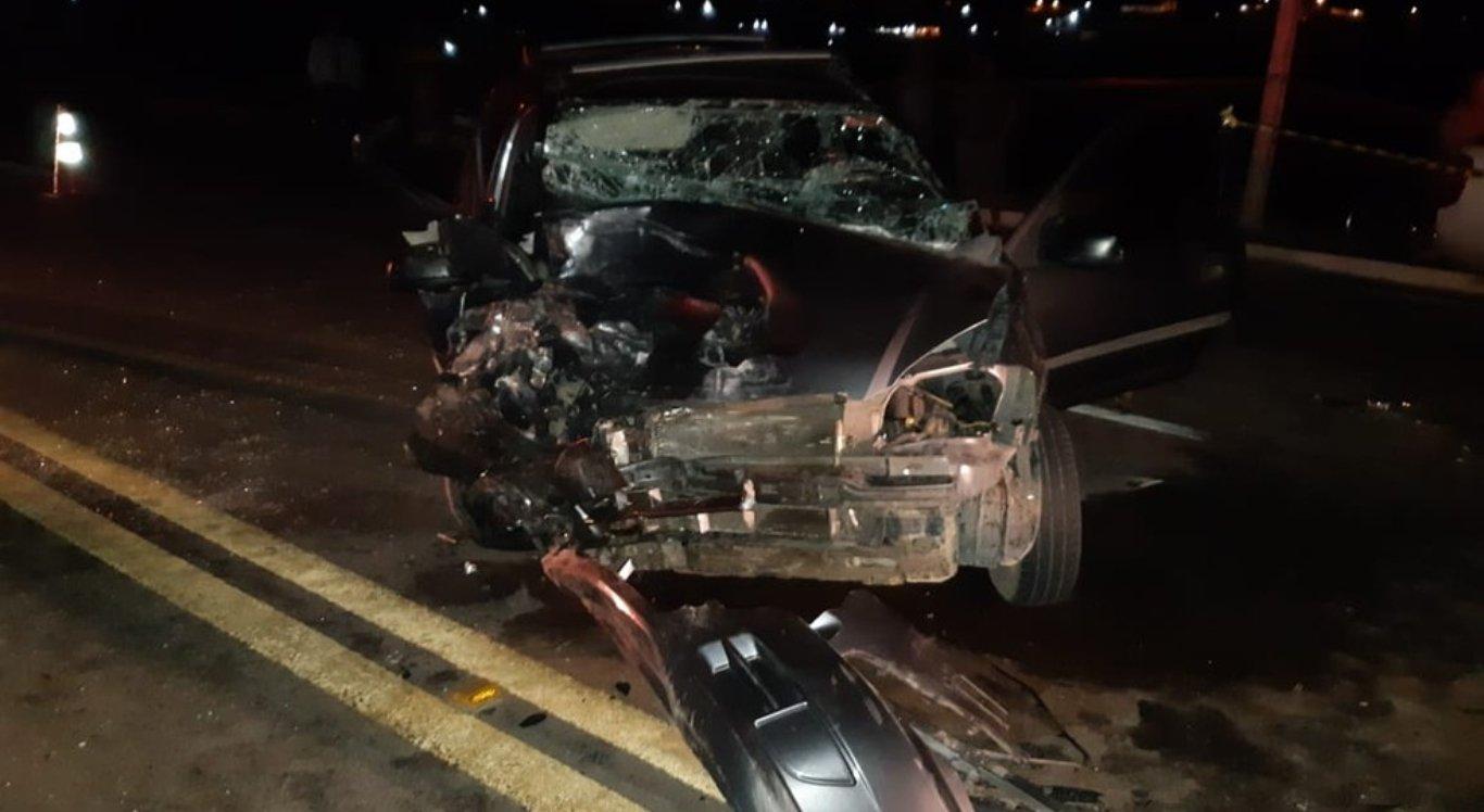 Colisão entre caminhonete e carro deixa uma pessoa morta em Pesqueira