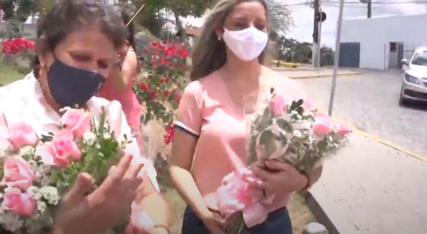 Durante este período de Outubro Rosa, milhares de mulheres têm a possibilidade de ter acesso a serviços de diagnósticos, bem como a tratamentos