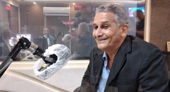 """""""Quero ser prefeito de Olinda para escrever a minha história"""", diz Armando Sérgio (Avante), candidato pela quarta vez"""