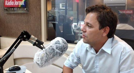 Candidato do PDT à Prefeitura de Olinda, Guto Santa Cruz quer contratar mais profissionais via concurso público