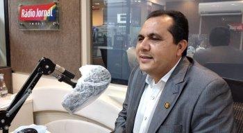 O candidato a prefeito de Olinda Jorge Federal (PSL) participou da sabatina da Rádio Jornal