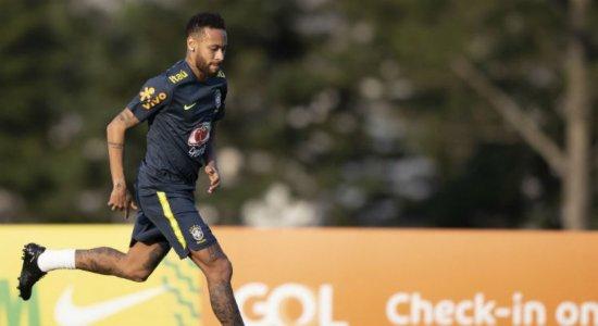 Seleção Brasileira estreia hoje nas Eliminatórias da Copa do Mundo; Neymar é dúvida