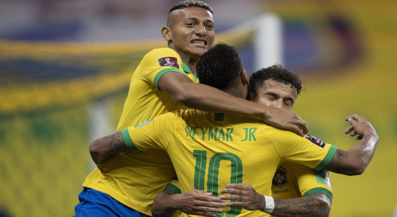 Com a vitória desta sexta, o Brasil assumiu a liderança das Eliminatórias Sul-Americanas