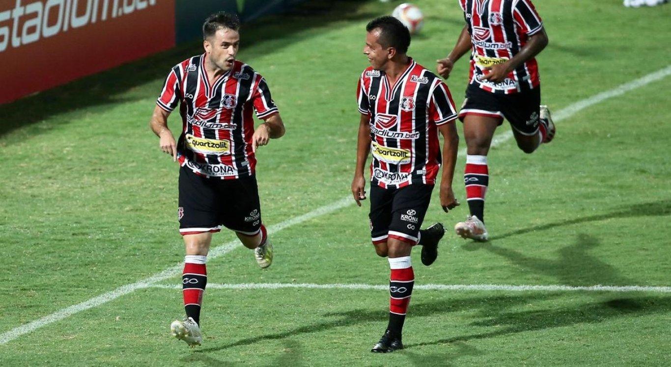 Gols do Santa Cruz foram marcados por Pipico