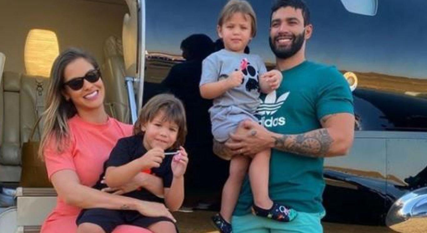 Andressa Suita, Gusttavo Lima e os filhos Samuel e Gabriel