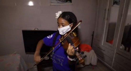 Infância Cidadã: Conheça Larissa, que tem como melhor amigo o violino
