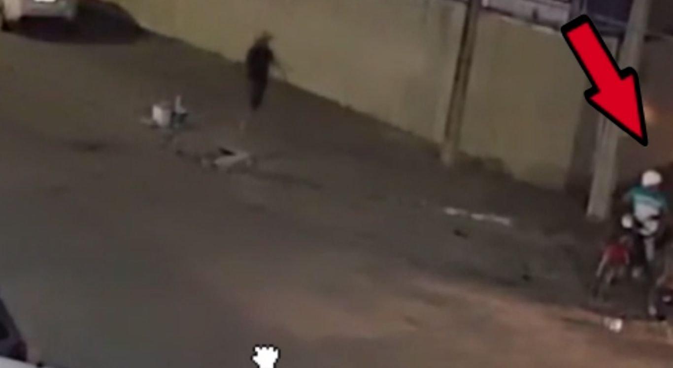 A Polícia Civil de Pernambuco divulgou vídeo referente ao homicídio ocorrido, no último dia 30 de agosto, no cruzamento das avenidas Londres e Brasil, no Bairro Universitário