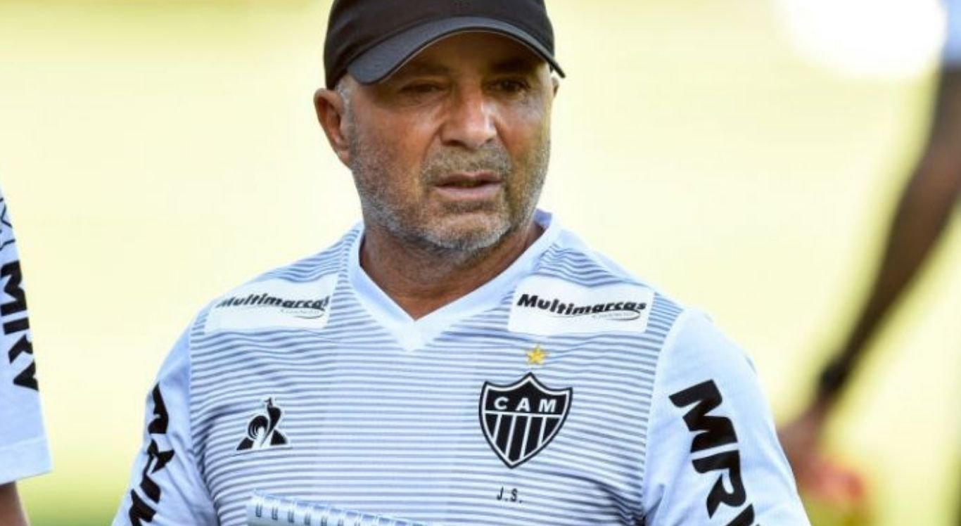 Galo, do técnico Jorge Sampaoli, vem liderando a competição