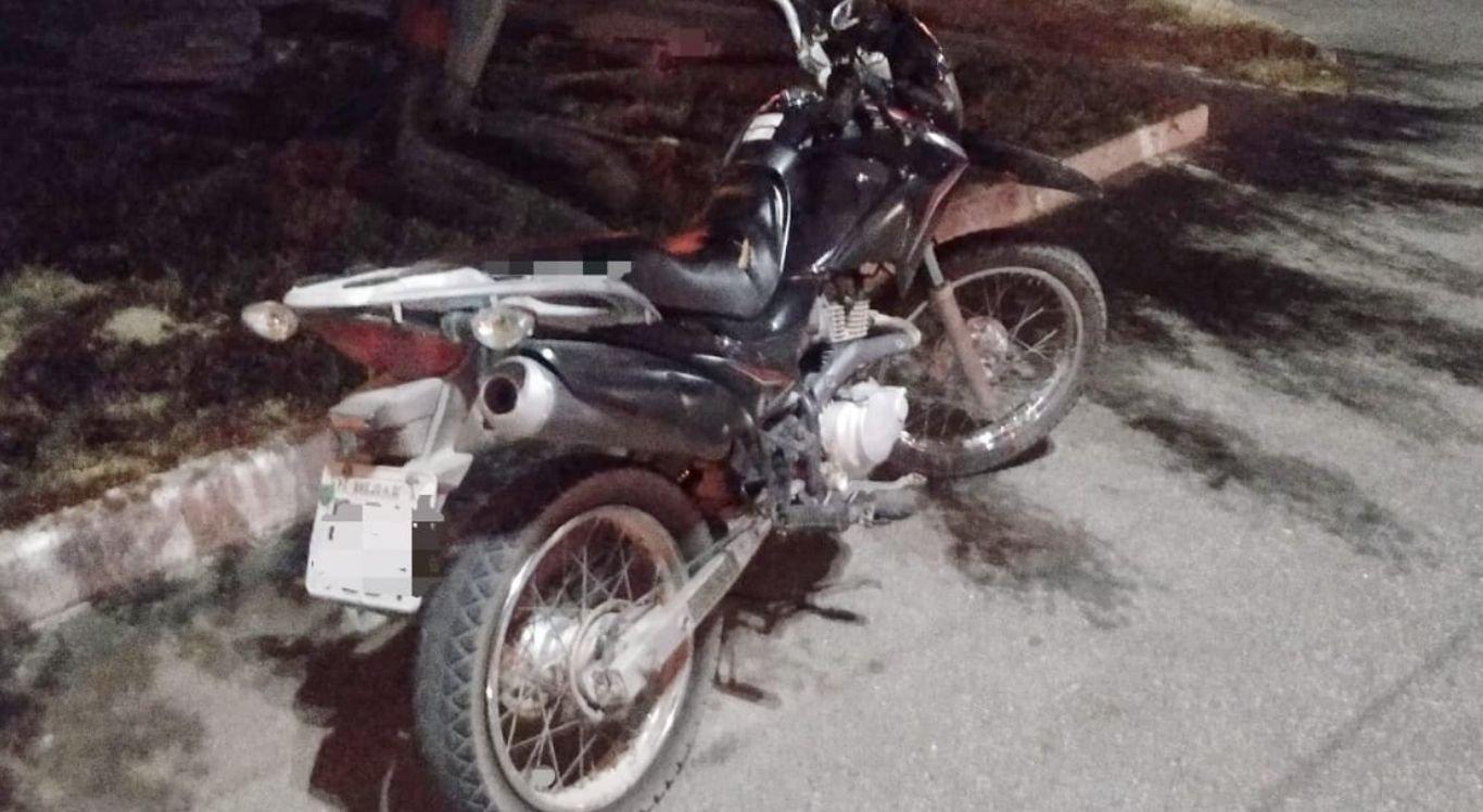 Foragido tentou atropelar policiais com motocicleta roubada