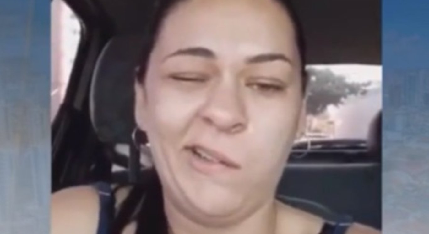 Vídeo de mulher com a boca torta após ir ao dentista viraliza