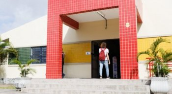 Professores da rede estadual de Pernambuco decidem manter greve