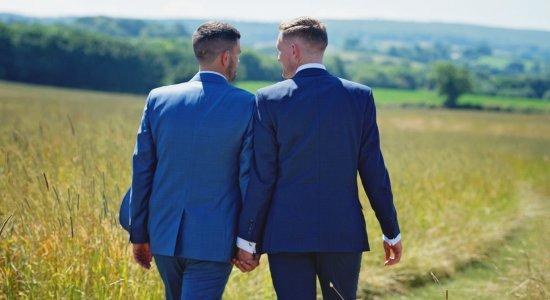 Casal homossexual
