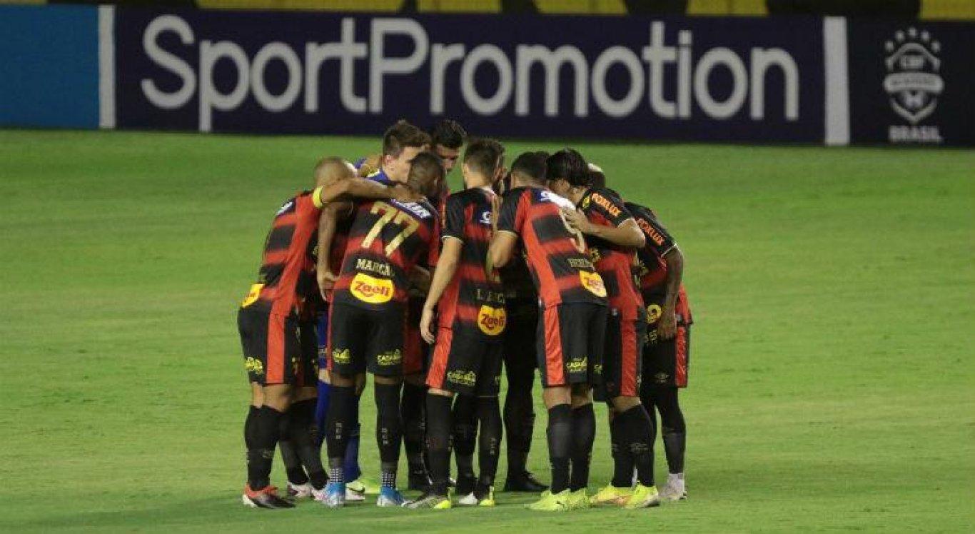 Sport perdeu os quatro últimos jogos da Série A para Flamengo, Botafogo, Internacional e Bragantino, respectivamente.
