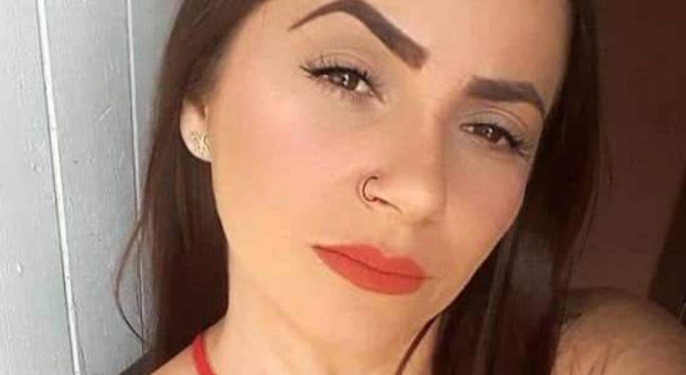 Mulher de 30 anos foi morta com cinco disparos de arma de fogo