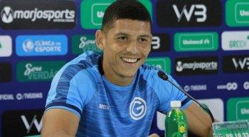 Próximo do Náutico, Yago Rocha tem 26 anos e é lateral-direito do Goiás.
