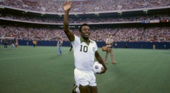 Aos 80 anos, Pelé segue como maior referência no futebol mundial