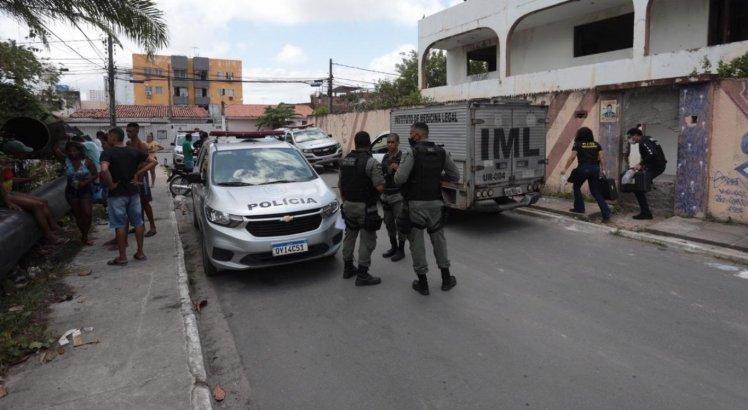 Jovem de 18 anos é morta e tem corpo jogado em cisterna em Jaboatão