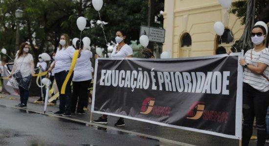 Pais de alunos e donos de escolas marcam protesto para cobrar retorno da aulas presenciais para educação infantil e ensino fundamental