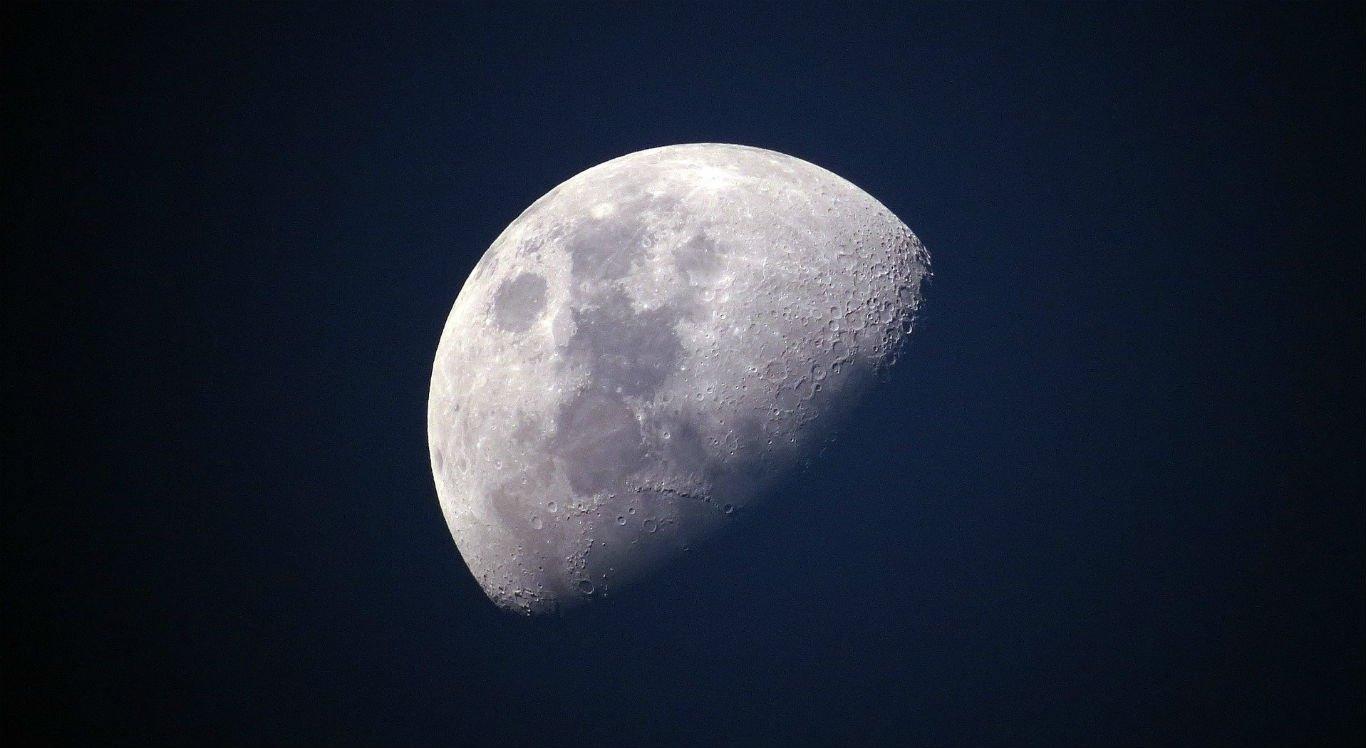 Fenômeno da Lua Azul ocorre entre dois e três anos