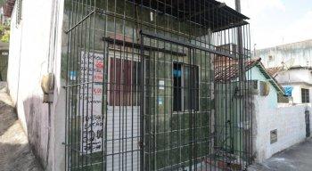 O crime aconteceu na casa onde os idosos moravam em Camaragibe