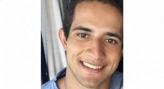 Tia de policial militar encontrado morto dentro de carro não acredita em suicídio