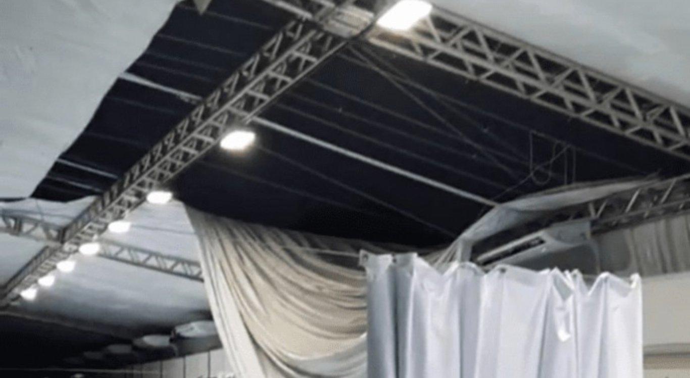 Chuvas destroem parte de teto de hospital de campanha em Petrolina