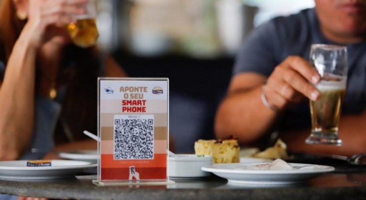 Bares e restaurantes de Pernambuco poderão funcionar até mais tarde; veja o novo horário