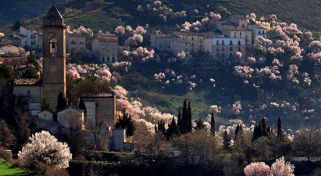 Vila de Santo Stefano fica na Itália