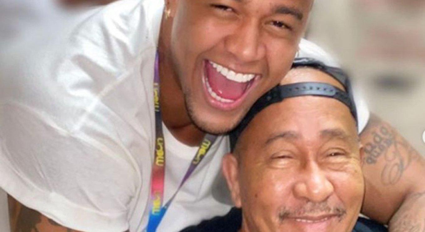 Pai do cantor Léo Santana morre em Salvador