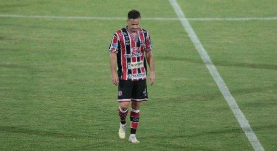 Fora de casa, Santa Cruz perde para o Jacuipense pela Série C