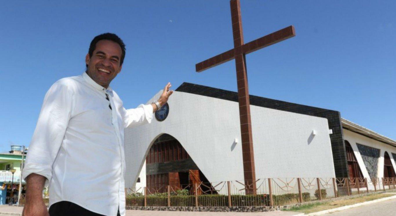 Padre Arlindo, pároco da Igreja de Tamandaré, estava na lista de testemunhas de defesa de Sarí