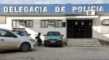 O candidato a vice-prefeito de Carpina, Diogo Prado (PSC), foi alvo de tiros e teve carro atingido