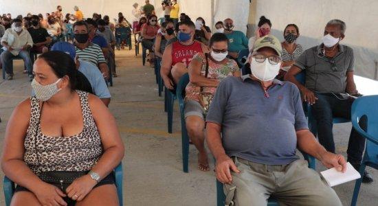 Covid-19: Centro de testagem no Geraldão tem fila no primeiro dia
