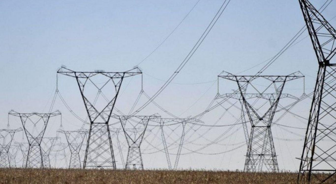 Em novembro, ocorreram três fatores que fizeram o envio da energia para outras regiões atingir esse volume maior