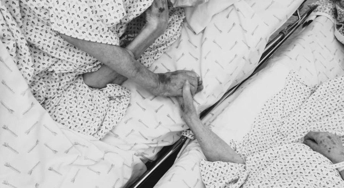 Casal de idosos morre por covid com um dia de diferença