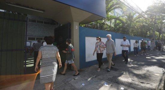 Votação começa com boa presença de eleitores no horário prioritário em Pernambuco