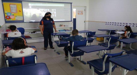Carnaval 2021: vai ter aula nas escolas de Pernambuco?