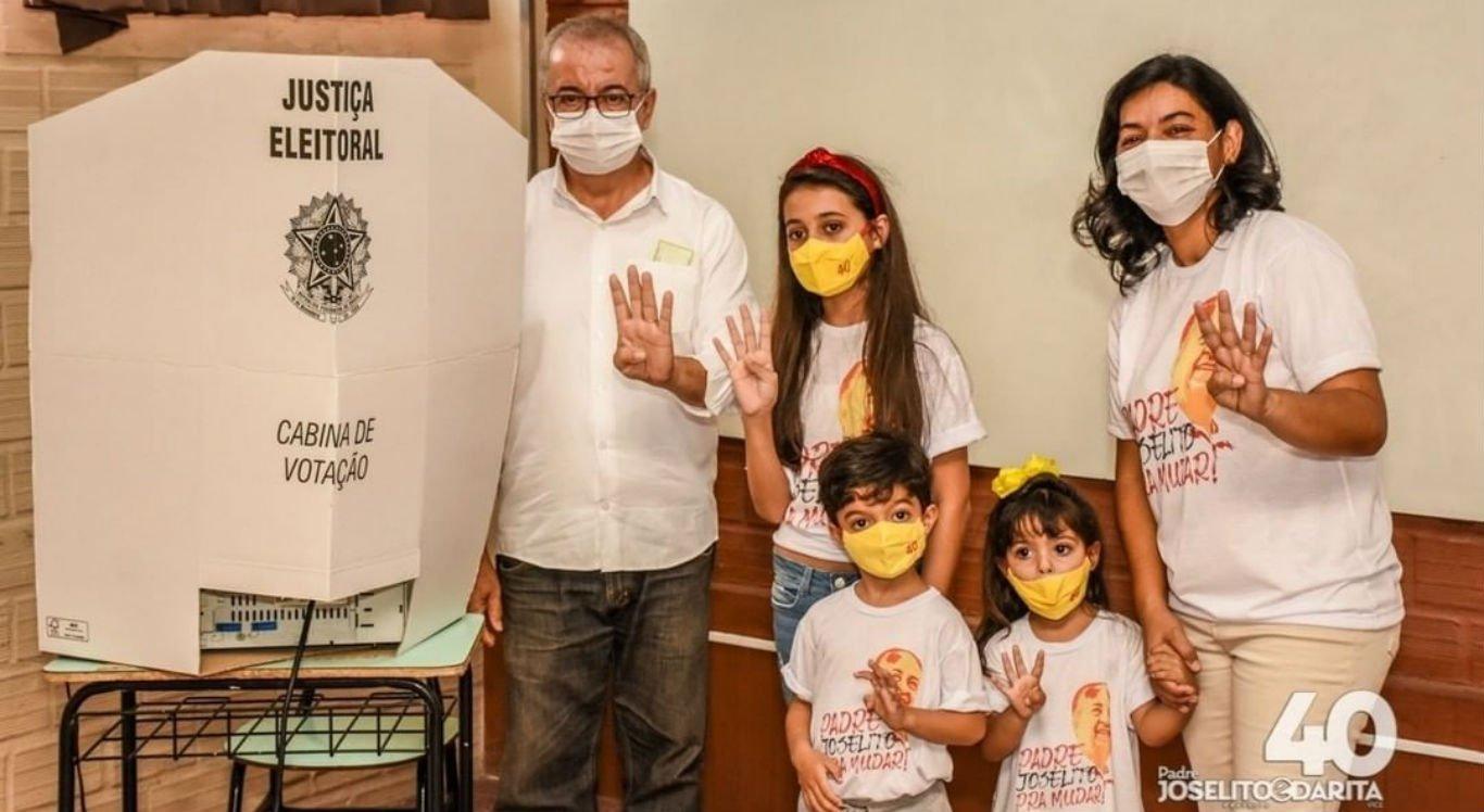 Padre Joselito Gomes, esposa e filhos