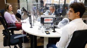João Campos e Marília Arraes no debate do 2º turno na Rádio Jornal