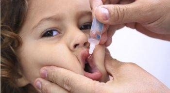 A campanha de vacinação contra a poliomielite foi prorrogada até o dia 27 deste mês