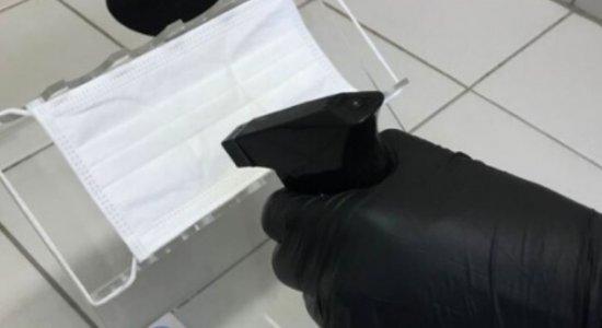 O produto utiliza sais de cobre que permitem criar uma barreira de proteção contra o vírus