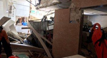 Depois da remoção das vítimas, a casa foi interditada