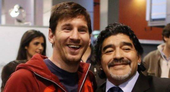 Messi lamenta morte de Maradona e se despede: ''Diego é eterno''
