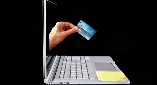 Black Friday: Procon lista 200 sites de vendas online não recomendados