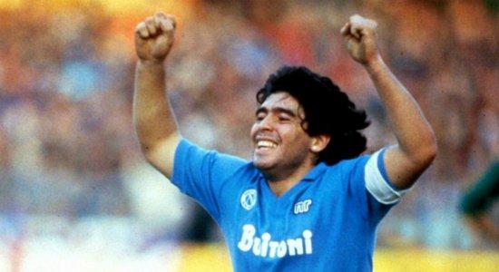 Prefeito de Nápoles, na Itália, propõe mudança no nome do estádio San Paolo para Diego Armando Maradona